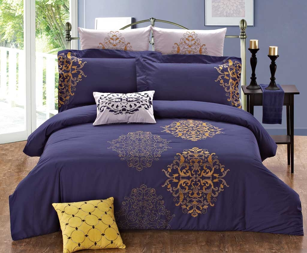 Embroidered 7 Piece Duvet Cover Ensembles Set